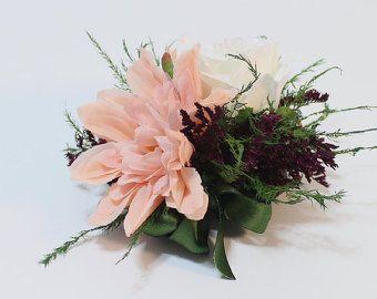 Ramillete de tonos joya, ramillete de la muñeca o Pin en el ramillete de flores para fiesta o boda, melocotón y Borgoña, mamá ramillete, flores artificiales,