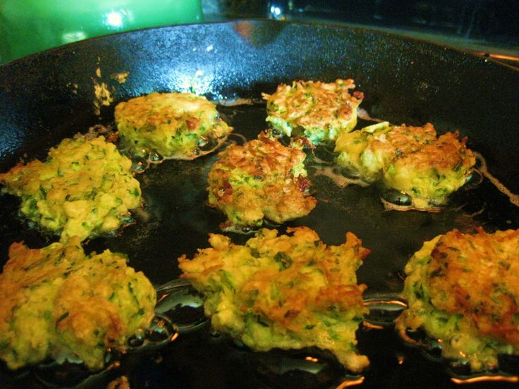Zucchini Fritters @ agardenforthehouse.com