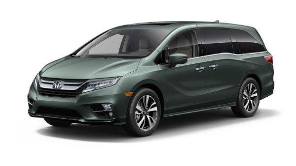 2018 Honda Odyssey is the featured model. The Honda Odyssey 2018 AWD image is added in car pictures category by the author on Sep 22, 2017.