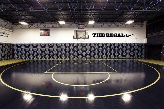 Terrain de basket design Londres The Regal