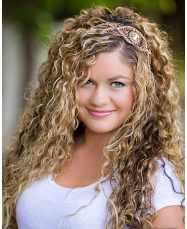 Cute curly hairstyles