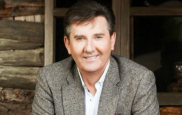 """Co. Donegal couple overwhelmed as a host of popular Irish singers, including Daniel O'Donnell, break into a """"Catholic flashmob"""" during their wedding."""