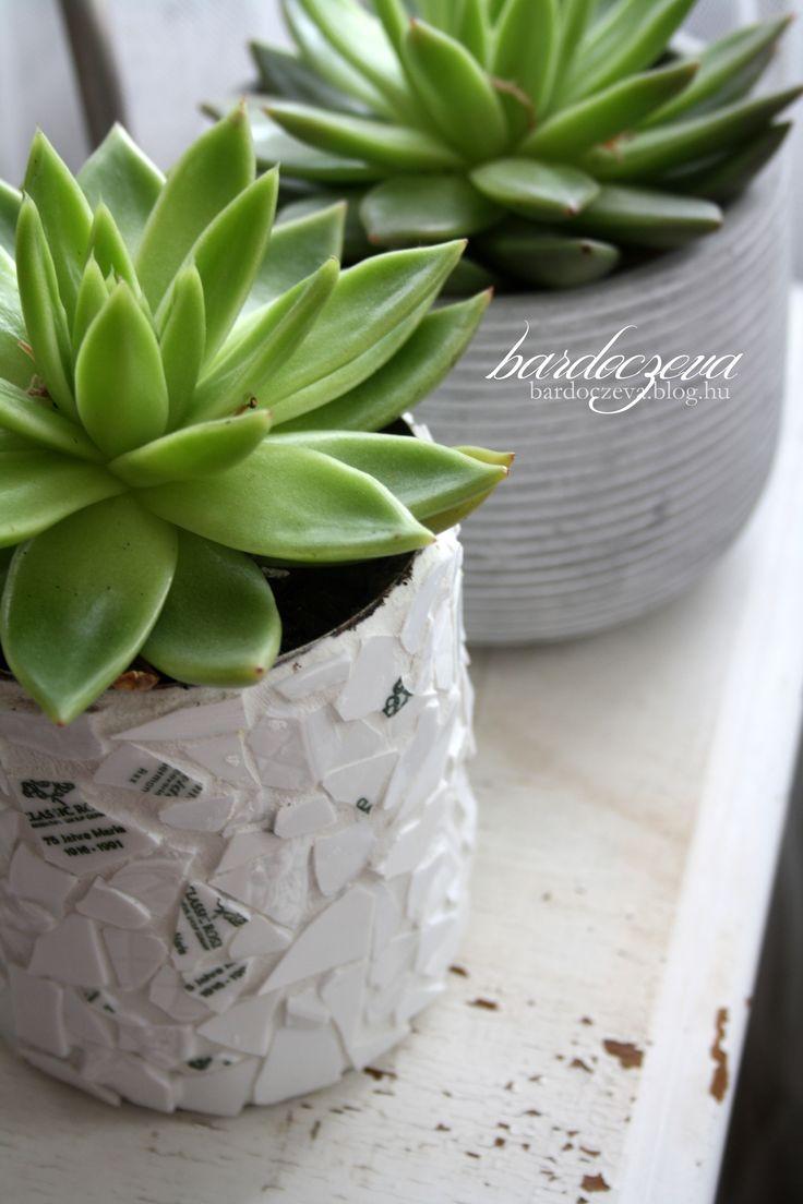 upcycled china on tin can - PURE DESIGN by bardoczeva  #pentart #pentacolor #hungary #upcycling #tincan #mosaic #reused #recycledchina #flowerpot #diy