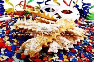 Le chiacchiere il più tradizionale, il più allegro ed il più semplice dei dolci di Carnevale...