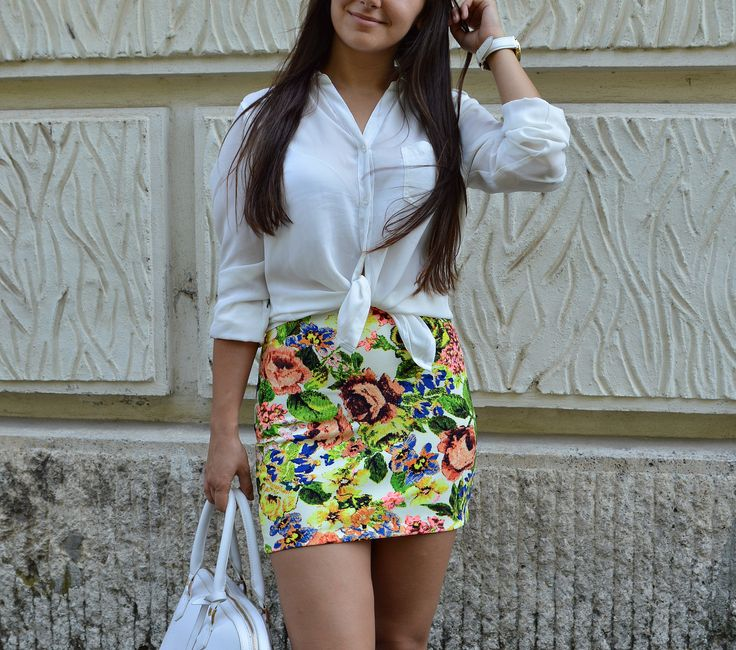 Floral print, florals, skirt, outfit, summer, white, basic http://blogalinapop.wordpress.com