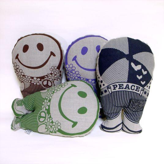 Smile Pillow Family 2