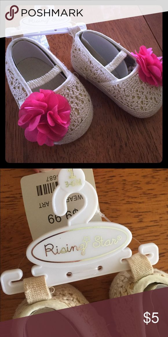 NWT Baby Girl Shoes size 1 (3-6 months) NWT Baby Girl Shoes size 1 (3-6 months) tan crochet with pink flower. Rising star brand. Never worn. New with tags. Paid $10 Shoes