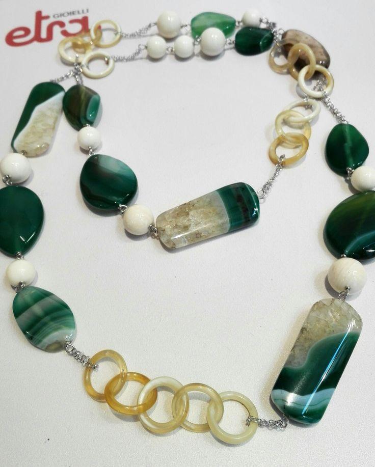 Etra Gioielli. Collana in argento, corno e agata verde