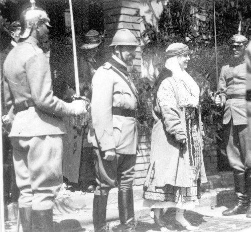 MM.LL. Regele Ferdinand si Regina Maria ai Romaniei - Oradea