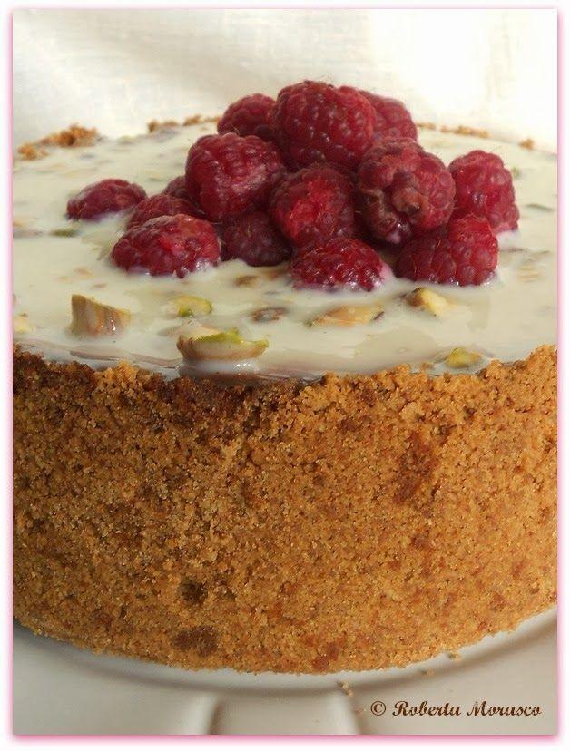 N.Y. Cheesecake al cioccolato bianco pistacchi e lamponi