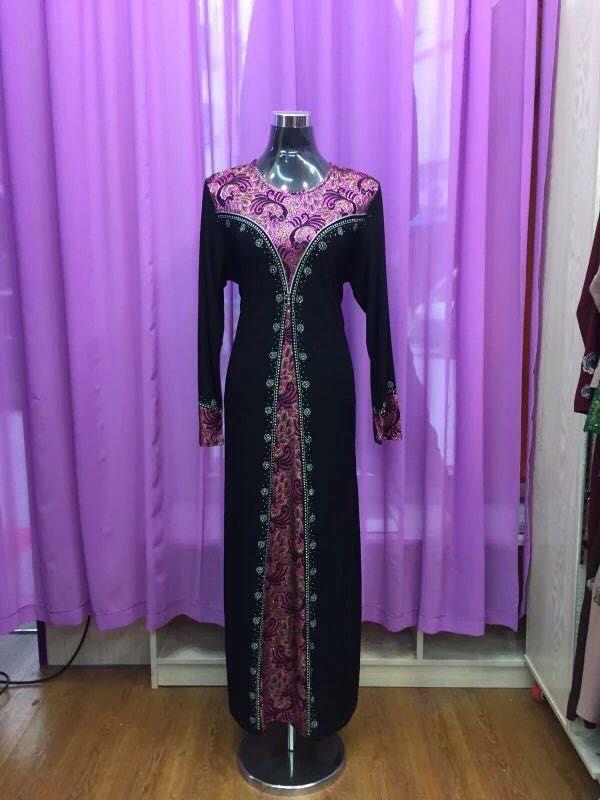Оптовая исламской женщины длинное платье модели двухцветной полосатой исламская вышитые абая кафтан платье Современный исламский дресс-