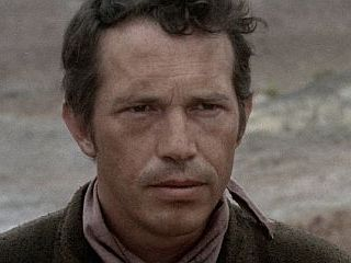 Warren Oates http://www.aveleyman.com/ActorCredit.aspx?ActorID=13136