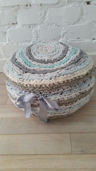 Hand made cushion:give a second life to old clothes