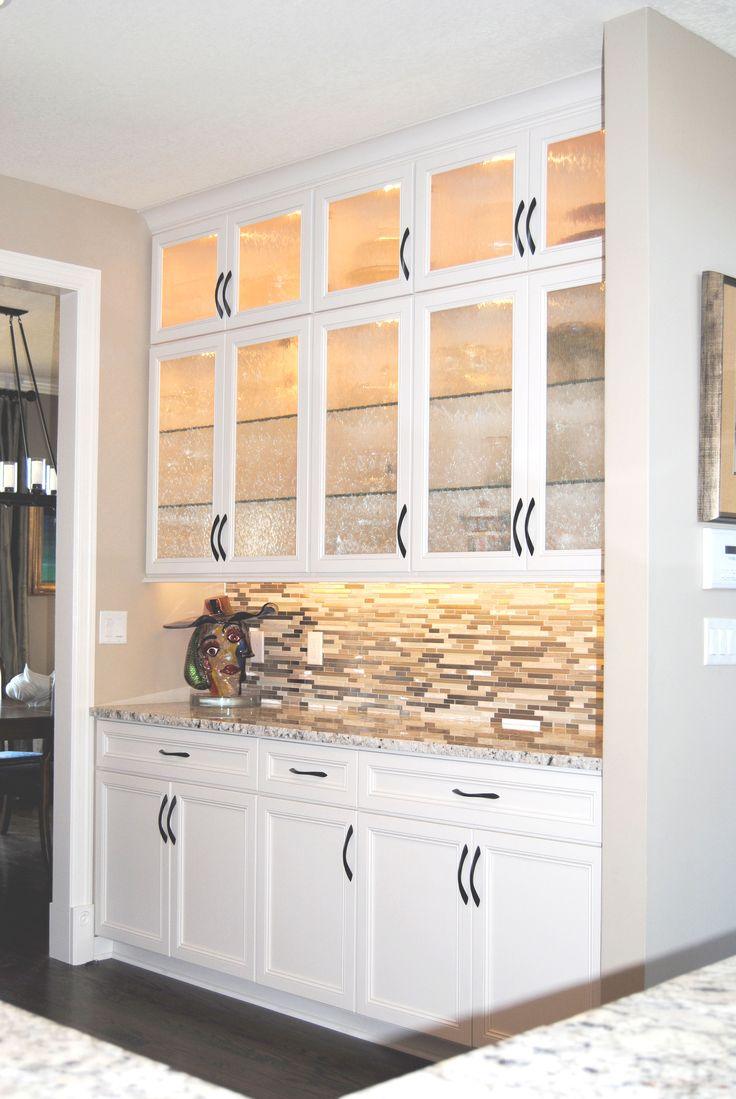Traditional kitchen seattle by canyon creek cabinet company - Swan Creek Cabinet Company Brings Your Vision To Reality In The Kitchen And Every Room