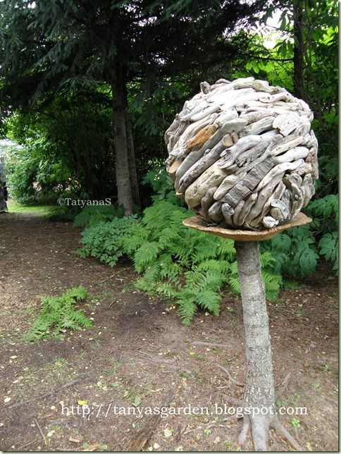 10 images about bowling ball art on pinterest mosaics Driftwood sculptures for garden