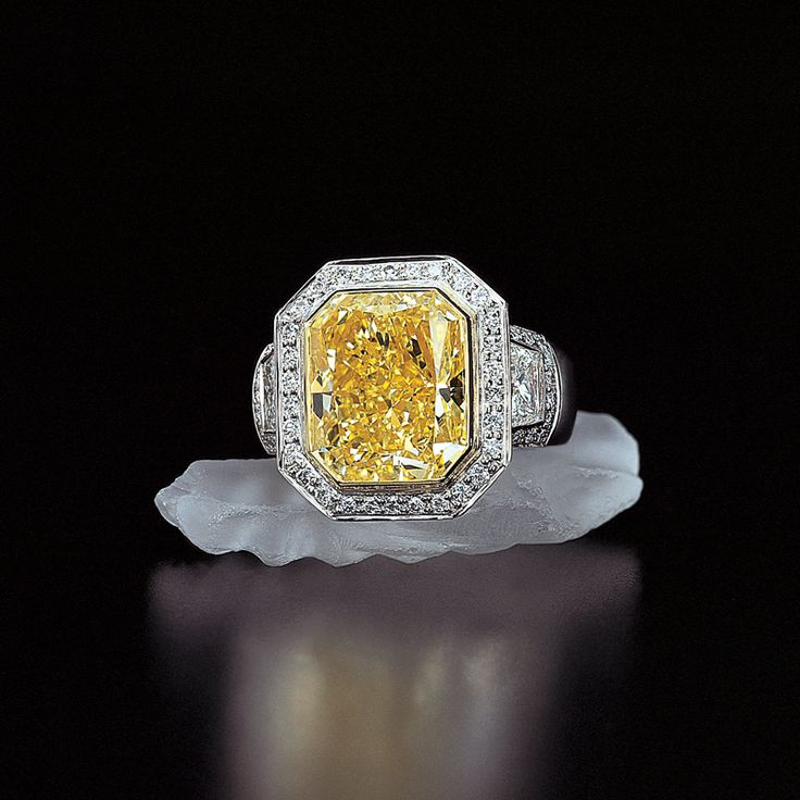 Jeffrey Daniels Yellow Diamond Ring