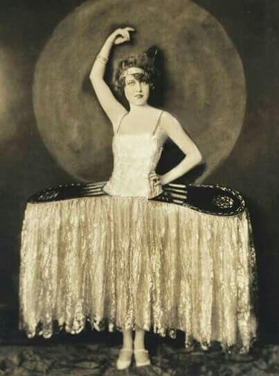 Corinne Griffith in 2019 | 1920s, Ziegfeld girls, Silent film