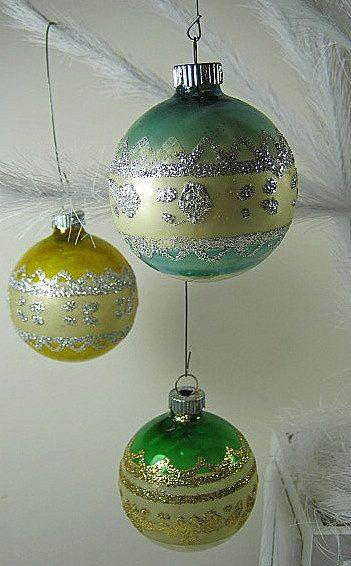 Vintage SHINY BRITE Glitter Lace MERCURY GLASS ORNAMENTS by LavenderGardenCottage etsy