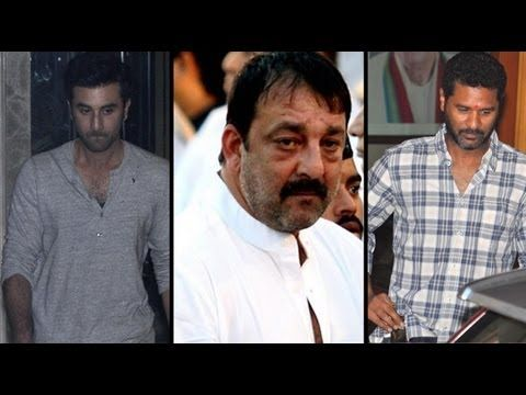 Bollywood filmmakers have been visiting Sanjay Dutt At home to show support and push for pardon. The producers and filmmakers associated with Sanjay Dutts projects will be suffering a colossal loss of money.  For more Bollywood: Log on to http://www.businessofcinema.com/ Facebook: http://www.facebook.com/Businessofcinema Twitter: http://www.twi...