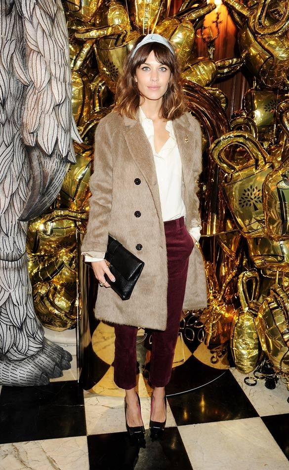 great look & love the Boyfriend Coat (Mulberry FW 2012/13) that Alexa Chung is wearing
