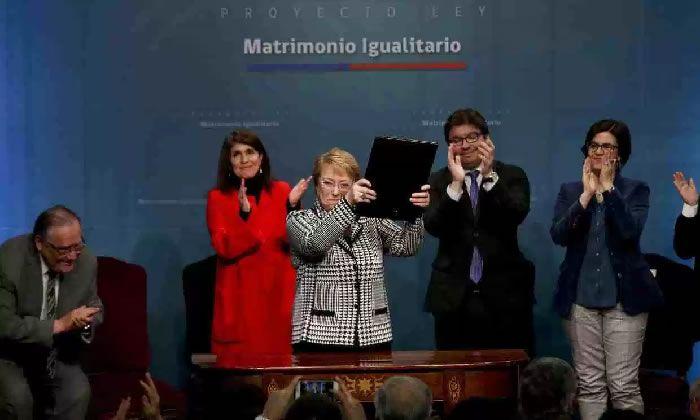 Chile: Bachelet presenta proyecto para permitir el matrimonio igualitario