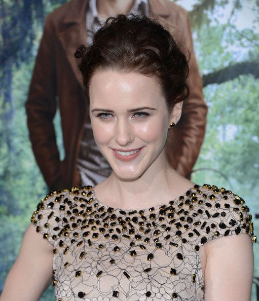 Interviews and Features: One on One With House of Cards' Rachel Brosnahan