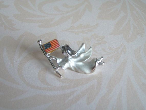 Vintage Angel Holding American Flag Pin Silver by JypsyJewels