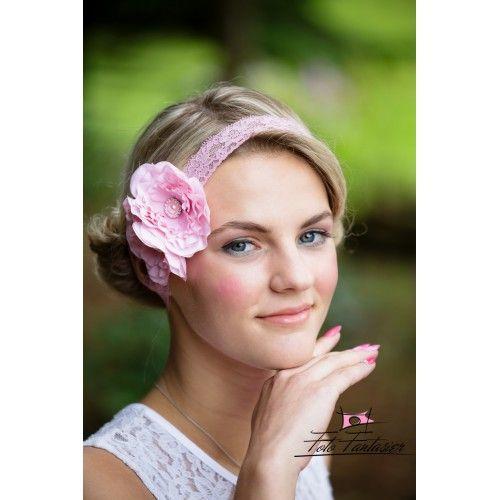 Lyserødt blonde hårbånd med hvid blomst