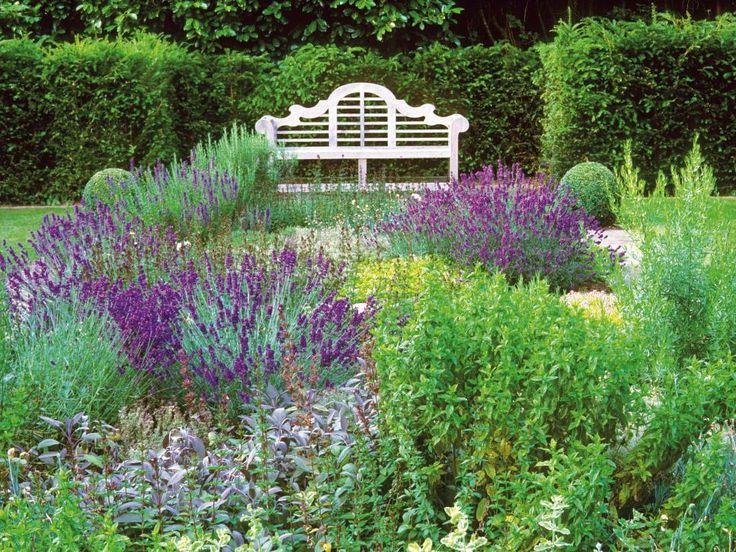 Ide Terbaik Tentang French Country Gardens Di Pinterest - French country garden