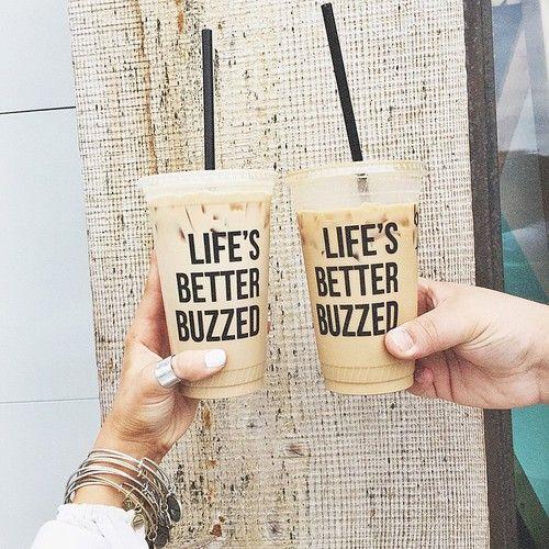 Tags mais populares para esta imagem incluem: drink, coffee, food, tumblr e life