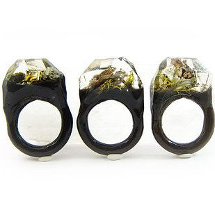 Lichen Terannium Resin Ring | 23 Majestically Beautiful Pieces Of Science Jewelry