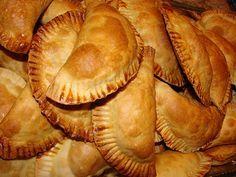 Gourmet Israel: Burekas Jatzilim - Empanadas de berenjena y queso