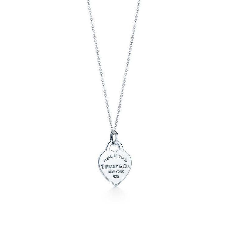 Return to Tiffany™ Herzmarken-Charm, Sterlingsilber, Small. Mit Kette. | Tiffany & Co. !!! Anhänger: small Kette: 36 IN !!!