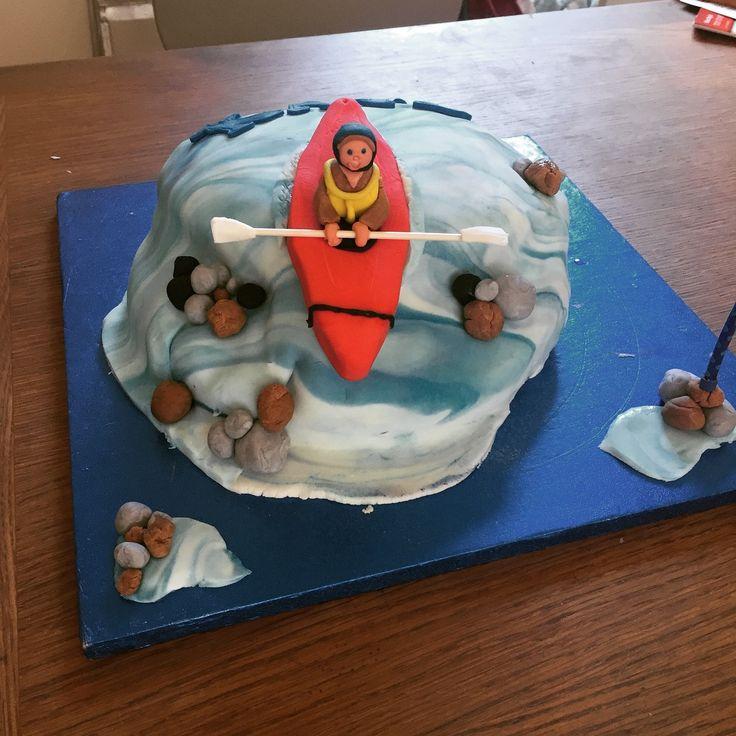 Best 20+ Kayak Cake Ideas On Pinterest