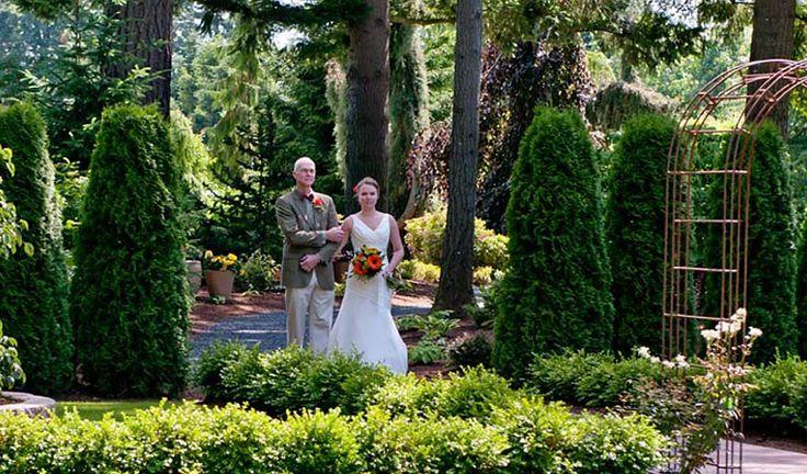 Home evergreen gardens outdoor weddings receptions for Outdoor wedding washington state