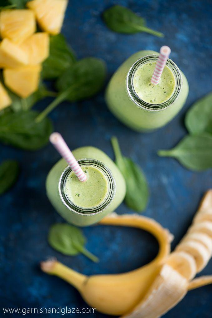 Kezdje a napot egy ízletes, frissítő, és egészséges PINEAPPLE paraj GREEN SMOOTHIE!  Spenót soha nem kóstolt ilyen jó!