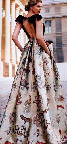 Valentino. So beautiful dress! Precioso vestido largo de Valentino
