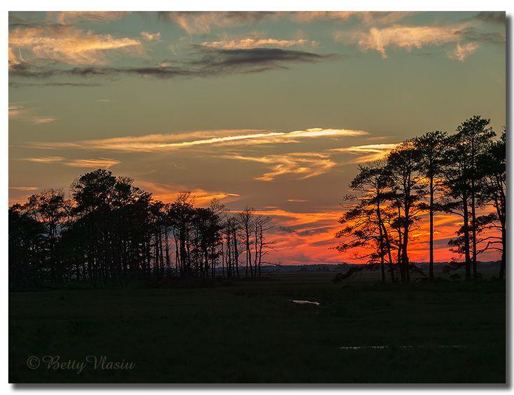 "https://flic.kr/p/24ij2gc   Chincoteague Island Sunset   ""IF you shed tears when you miss the sun, you also miss the stars !"" ""Ha könnyezel, mert eltűnt a nap, eltűnnek a csillagok is."" Stray Birds, Rabindranath Tagore, 1916"