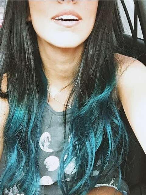 Jade Seba seguiu os passos de Kylie Jenner e uniu a moda do ombré com a tendência do colorido Foto: @jadeseba/Reprodução/Instagram