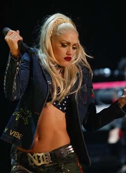 Gwen Stefani Rock Steady days... Love the style!