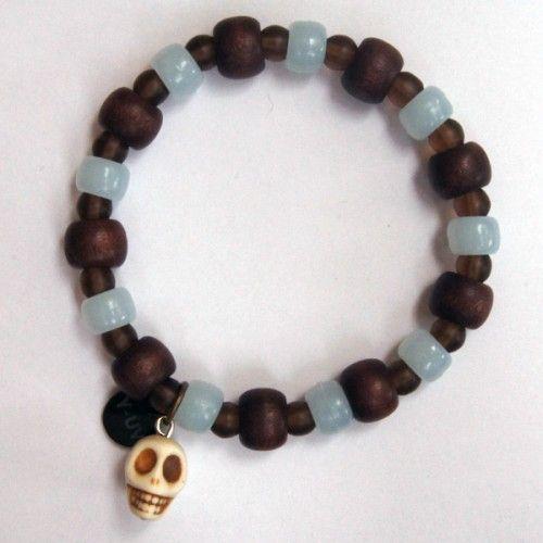 doodshoofd sieraden - Google zoeken deze lijk op de armband van een jongen in turkije