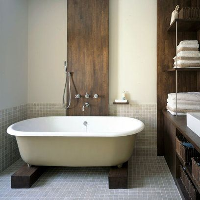 Bathroom: New Rustic: Dark and Delicate