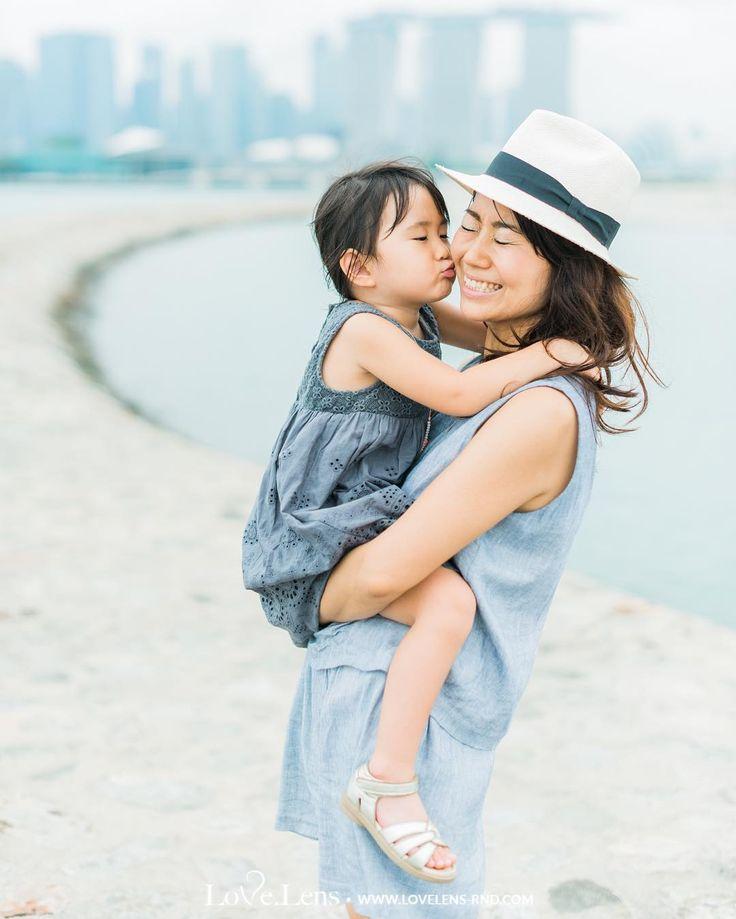 ママ、愛してるよ  #LOVELENSFineArtPhotography #familyphotography #japaneseinsingapore #japanese #日本語