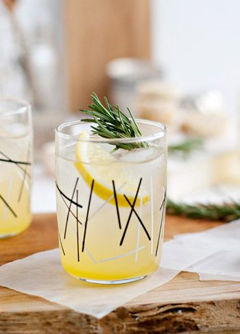 Rosemary Citrus Spritzer | summer mocktails | refreshing and healthy