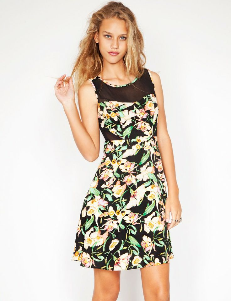 Floral and mesh dress - Shop the latest Fashion Trends Pixie Market