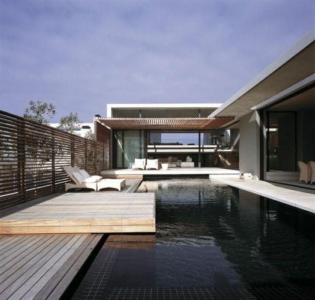 Holz Terrasse Pool modern Haus Holzzaun