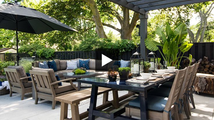 See designer Erin Feasby of Feasby & Bleeks Design's backyard makeover complete with an outdoor kitchen, hot tub and fire pit.
