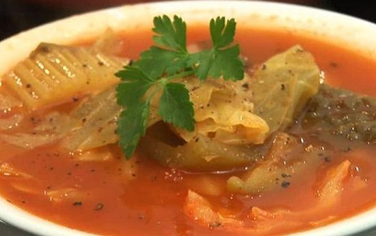 Beef Cabbage Soup is a long time favorite among Shoney's customers. Ingredients: 1 pound lean ground beef 1/2 head medium cabbage, shredded 2 ribs celery,