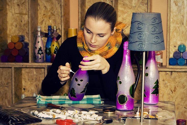 Как создать бизнес-план для продажи хэнд мэйд товаров - http://lifehacker.ru/2014/01/13/kak-sozdat-biznes-plan-dlya-prodazhi-xend-mejd-tovarov/