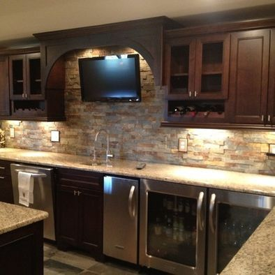 Man cave wet bar traditional basement stone bar design pictures remodel decor and ideas - Wet bar basement ideas ...
